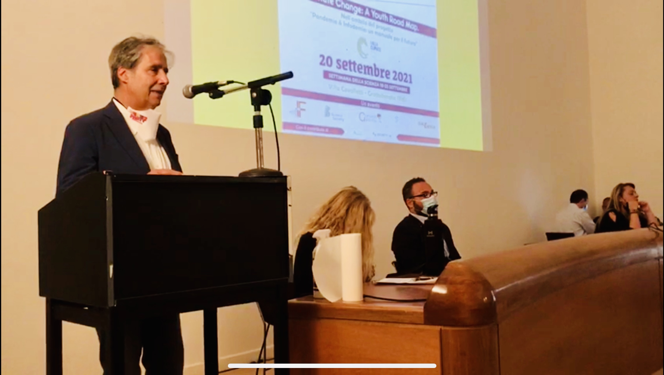Grottaferrata – Il sindaco di Grottaferrata ha aperto il forum in corso a Villa Cavalletti