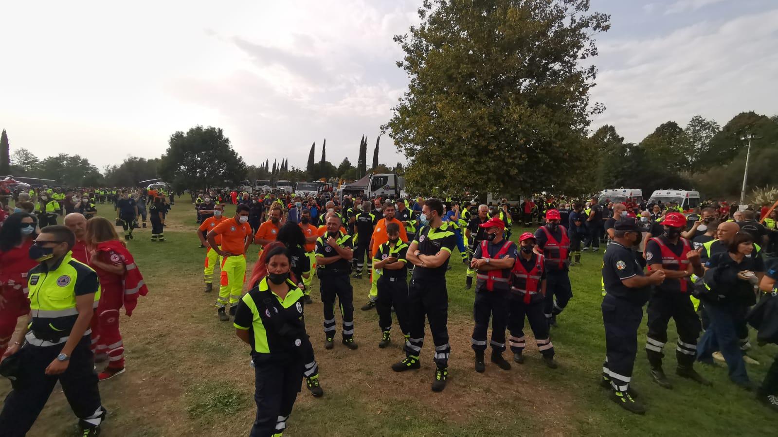 """""""Giornata dei volontari"""", in centinaia al Parco della Pisana per l'evento"""