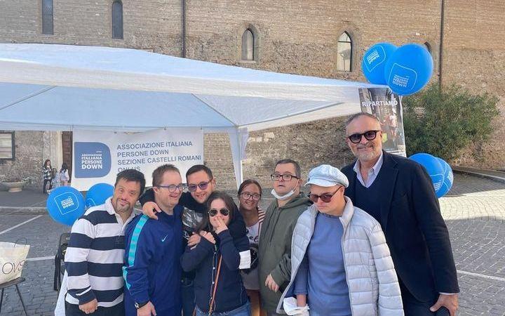 Albano, l'associazione AIPD scende in piazza con la solidarietà per ripartire