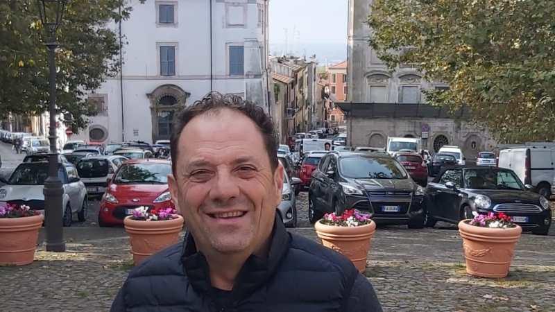 Albano, il consigliere comunale Cascella: Consentire cappe a carboni attivi in alternativa alle canne fumarie, Presentata mozione