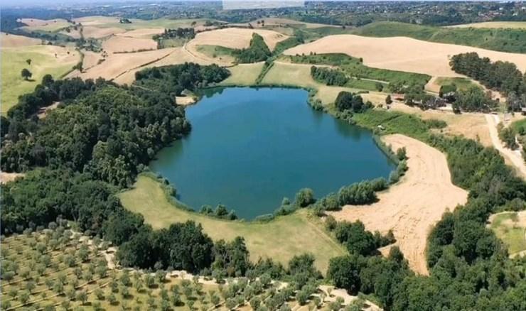 lago di giulianello
