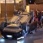Tragedia stradale di Qualiano. Muore 16enne. Feriti gli altri due passeggeri, 19enne arrestato dai Carabinieri per omicidio stradale
