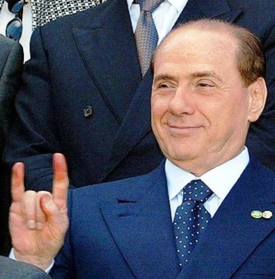 https://i0.wp.com/www.giornalettismo.com/wp-content/uploads/2012/12/scandali-di-berlusconi26.jpg