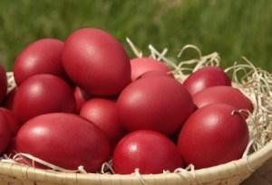Read more about the article Μέχρι πόσα αβγά μπορούμε να φάμε τις ημέρες του Πάσχα;