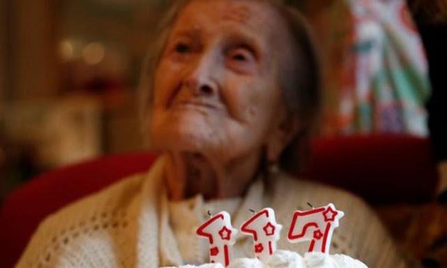 Read more about the article Να, τι τρώει η γηραιότερη γυναίκα στον πλανήτη. Τι αποκαλύπτει η ίδια;