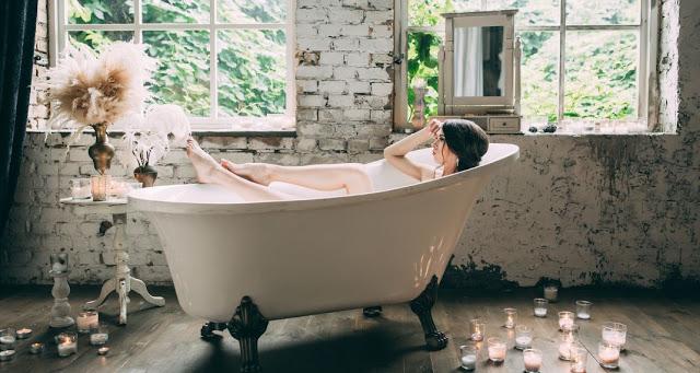 Read more about the article Πώς θα κάνετε την μπανιέρα να αστράφτει διώχνοντας τα άλατα -To φυσικό «απορρυπαντικό»