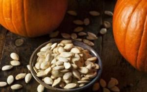7 σούπερ θρεπτικοί σπόροι που θα βελτιώσουν την υγεία σας