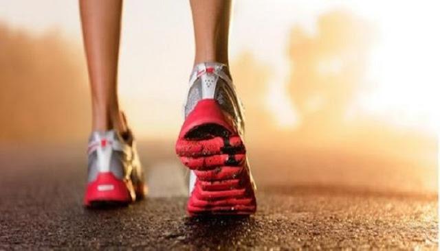 Read more about the article Τι θα συμβεί στο σώμα σας αν περπατάτε 30 λεπτά κάθε μέρα. (ΒΙΝΤΕΟ)