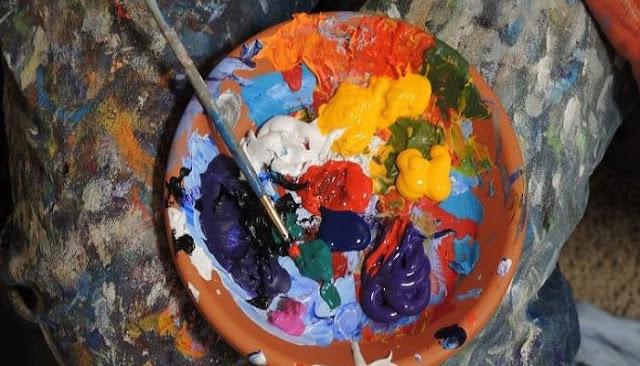Η ψυχολογία των χρωμάτων: Τι δηλώνει το αγαπημένο μας χρώμα για τον χαρακτήρα μας