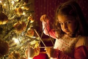 Παραμονή Πρωτοχρονιάς : Τα ήθη και τα έθιμα της ημέρας