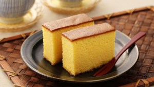 Read more about the article Το ιαπωνικό κέικ με ελάχιστα υλικά που γίνεται πανεύκολα -Αφράτο και μελένιο-Castella