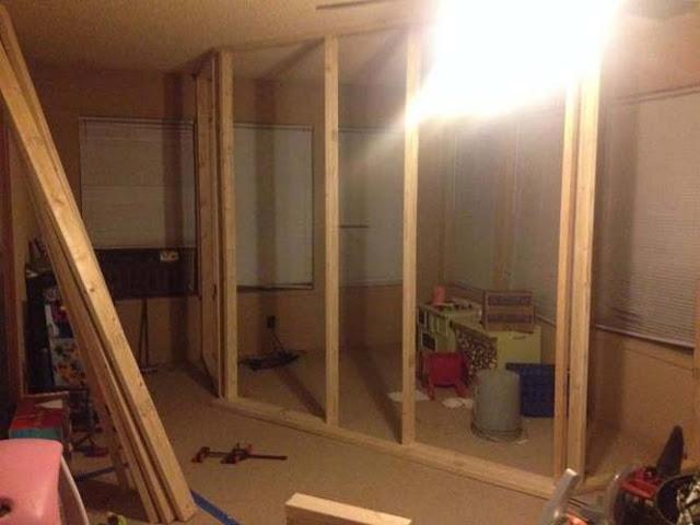 Πατέρας μετέτρεψε ένα ολόκληρο δωμάτιο σε κάτι απίθανο για τα παιδιά του