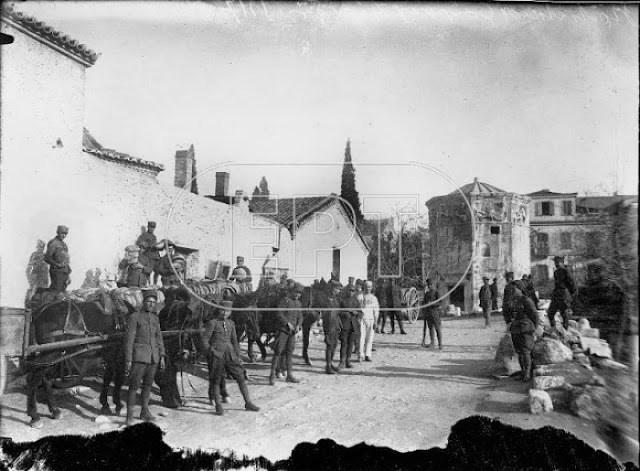 Η οδός Πειραιώς είναι ένας από τους παλιότερους δρόμους της Αθήνας