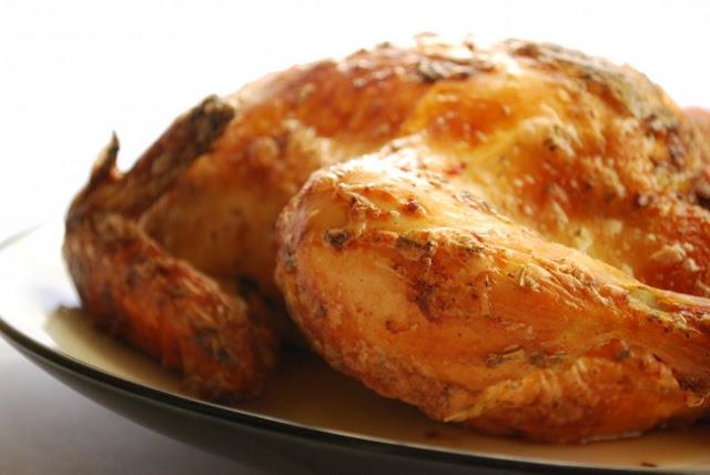 Πως να ψήσετε ένα ολόκληρο κοτόπουλο