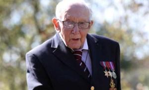 Read more about the article Αυτός είναι ο 99χρονος που μάζεψε 12 εκατ. κάνοντας βόλτες στην αυλή του!
