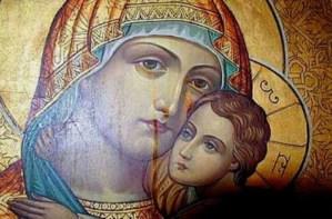 «Δεν πρέπει να φύγεις από την Ελλάδα… Η Παναγία θα σε κάνει καλά εδώ.Εάν φύγεις θα…»!