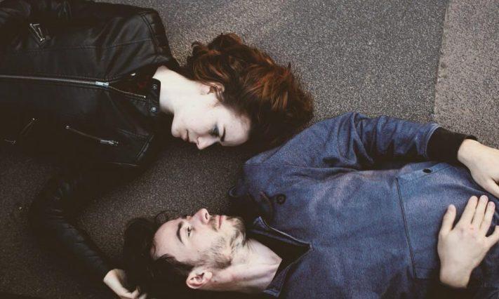 4 συνδυασμοί ζωδίων που είναι καλύτερο να είναι φίλοι παρά ζευγάρι