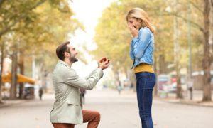 Ζώδια: Η χειρότερη πρόταση γάμου ανάλογα με το ζώδιό σου