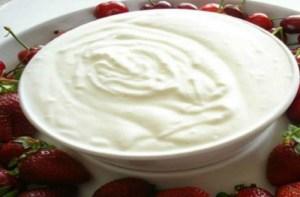 Η σούπερ δίαιτα που θα σας κάνει σωματάρες – Φάτε γιαούρτι με…