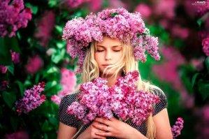Ποια λουλούδια ταιριάζουν στο ζώδιό σου;