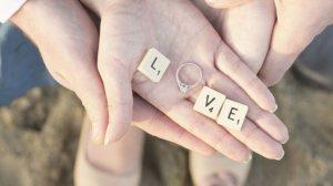 Read more about the article Τα τρία πιο αφοσιωμένα ζώδια που θα κάνουν τα πάντα για τον σύντροφό τους