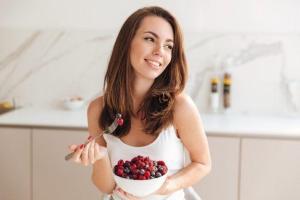 Read more about the article Οι τροφές που καίνε το λίπος και εξαφανίζουν την κοιλιά