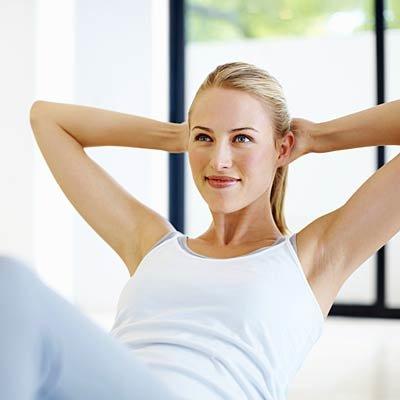Επίπεδη κοιλιά: 10 εύκολοι τρόποι για να εξαφανίσεις το σωσίβιο και να αποκτήσεις την κοιλιά των ονείρων σου