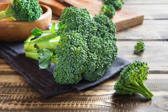 Φρούτα, λαχανικά και χυμοί που θα σας βοηθήσουν να αδυνατίσετε