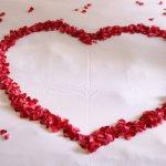 Μα τον Άγιο Βαλεντίνο! Ρητά για τον έρωτα, τρυφερά ή χιουμοριστικά, που ταιριάζουν στα ζώδια!