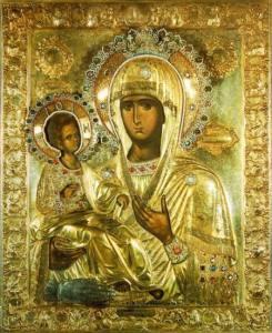 Παναγία Τριχερούσα: Γιατί η Παναγία παρουσιάζεται με τρία χέρια;