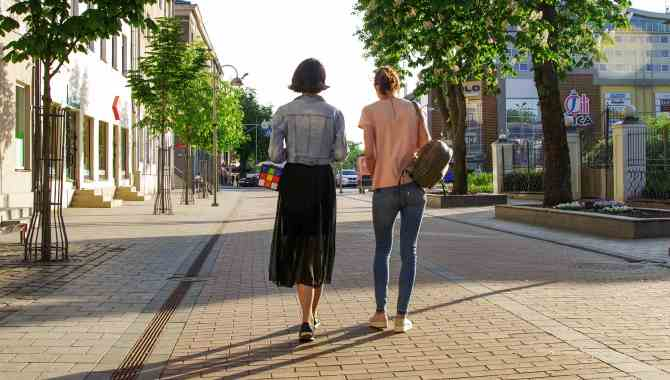 Read more about the article Πως το περπάτημα μπορεί να γίνει ένας εξαιρετικός τρόπος απώλειας βάρους