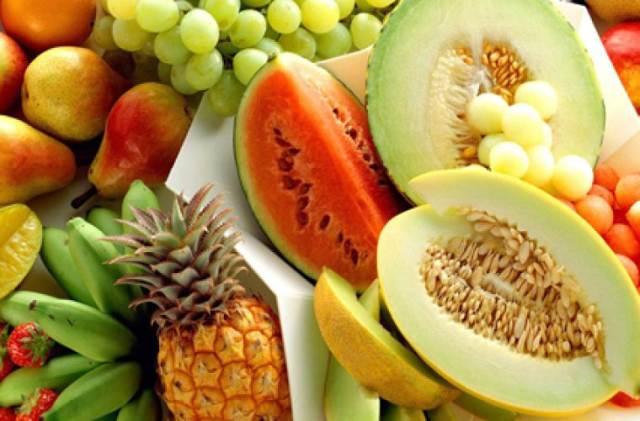 Καλοκαιρινά φρούτα και θερμίδες