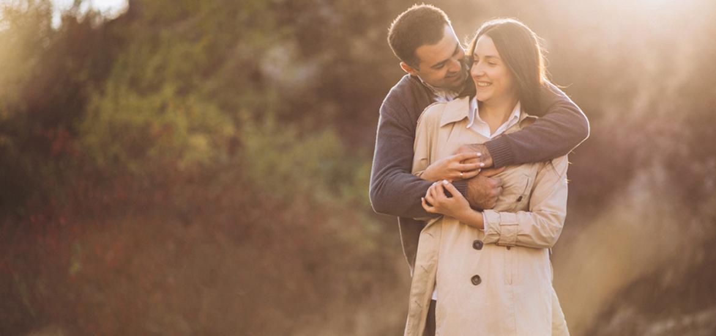 Read more about the article Τι θαυμάζουν οι άντρες του ζωδιακού στις γυναίκες;