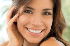 Read more about the article Αστραφτερό χαμόγελο: Το μυστικό βρίσκεται… στο πιάτο σου!