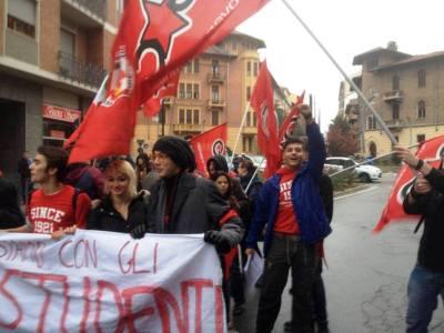 manifestazione-torino-studenti-11-10-13-2