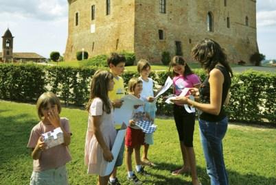 Visitare le Langhe con i bambini, tra buon cibo e paesaggi meravigliosi