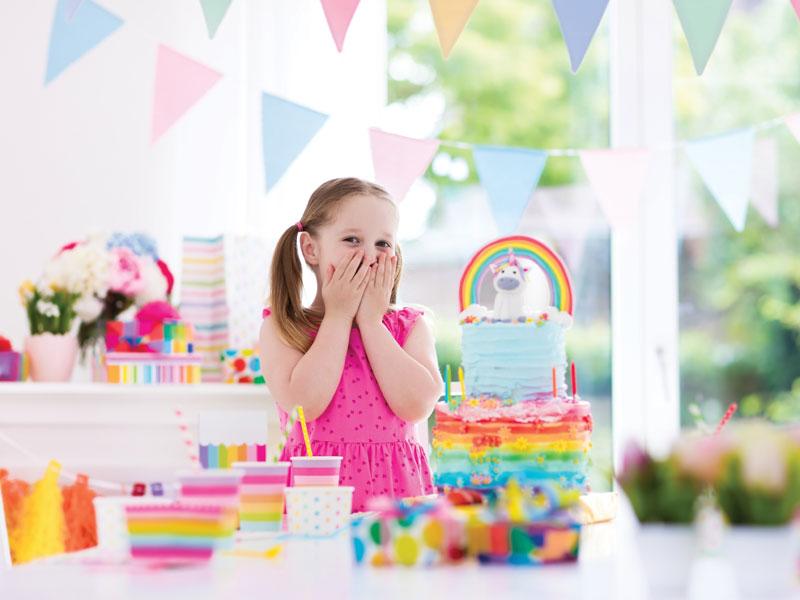 Si può fare una festa di compleanno in cortile? La risposta dell'avvocato