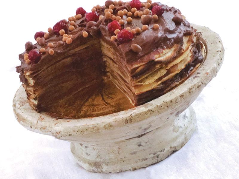 Torta golosa di crepes con crema al cioccolato