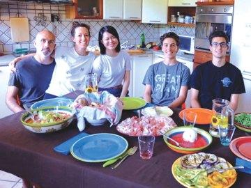 DineHome: ospitare a cena uno studente straniero