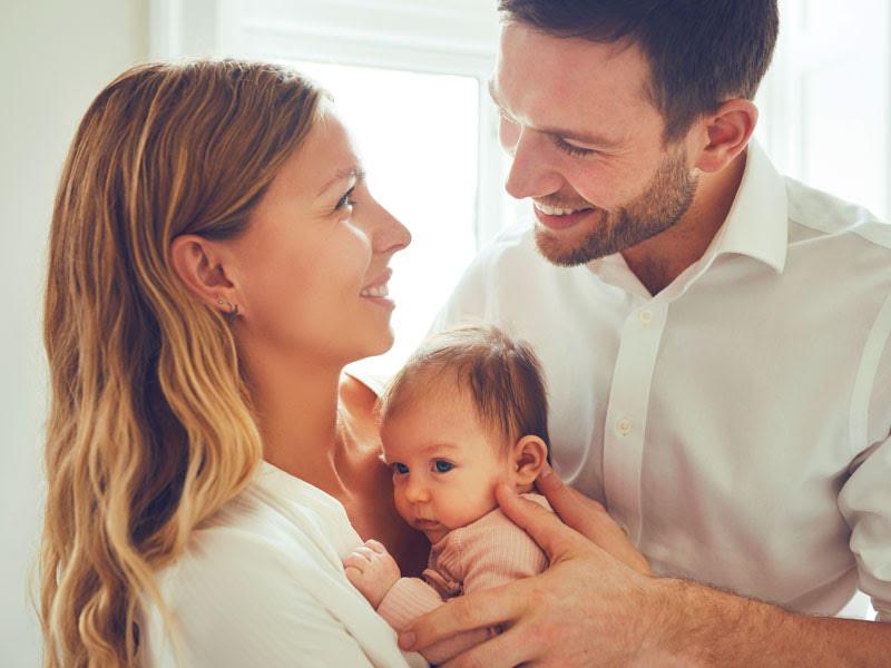 La manovra per le famiglie: arriva la Carta bimbi