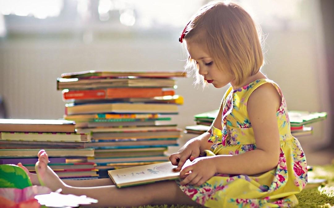 Letture sotto l'ombrellone: i libri per ragazzi da leggere quest'estate