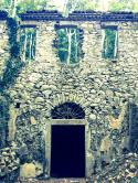 Ruine in den Wäldern von Bigogno