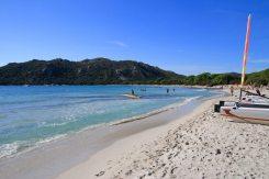 Nächstes Ziel Bonifacio. Die kurze Fahrt unterbrechen wir für einen Strandspaziergang.