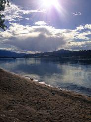 An den Ufern des Okanagan Lake, British Columbia