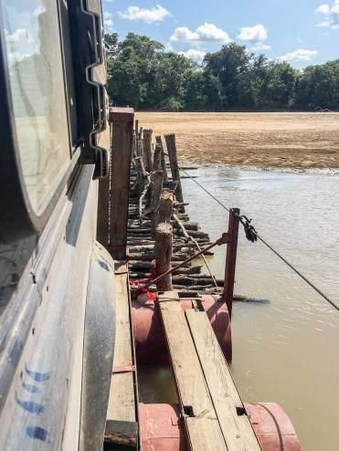 Sambia: Fähre über den Luangwa