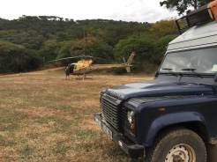 Camping mit Hubschrauber auf der Utengele Coffee Farm