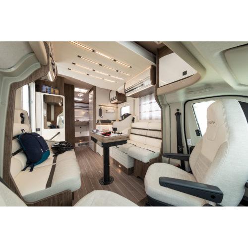 Caravansinternational__Riviera-67-XT-__Semintegrale__Camper-(28)