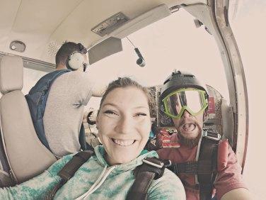 Pre-dive plane shot