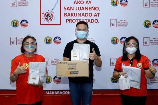 Defensil Donates reusable PPEs and Defensil 70% Isopropyl Alcohol For A Safer Vaccination Sites