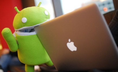 Androids eat apples! - Foto di laihiu